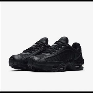 Nike Shoes - Nike Air Max Tailwind IV.